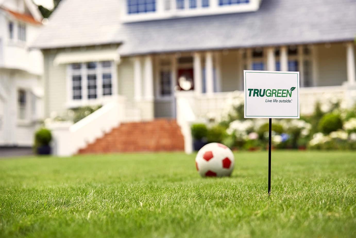 TruGreen_Sign_Ball_050