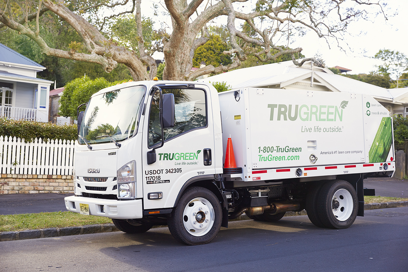 TruGreen_Specialist_Truck_Two_006